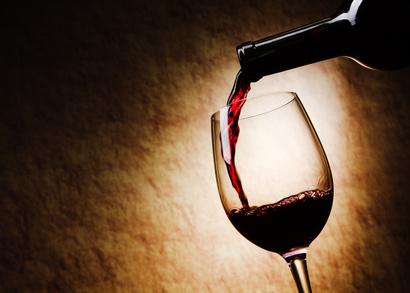 Dégustation de vins dans le noir